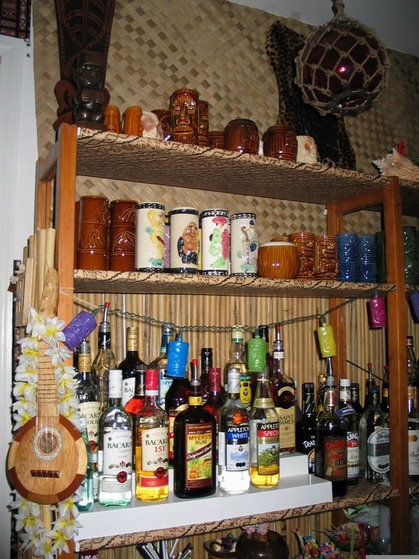 Rums, mugs, etc.